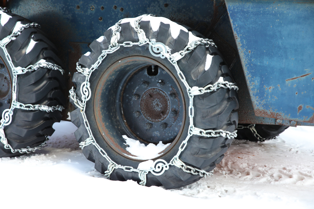 chains on tires for winter driving